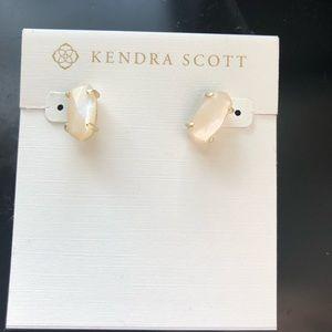 NWT Kendra Scott Betty Stud Earrings